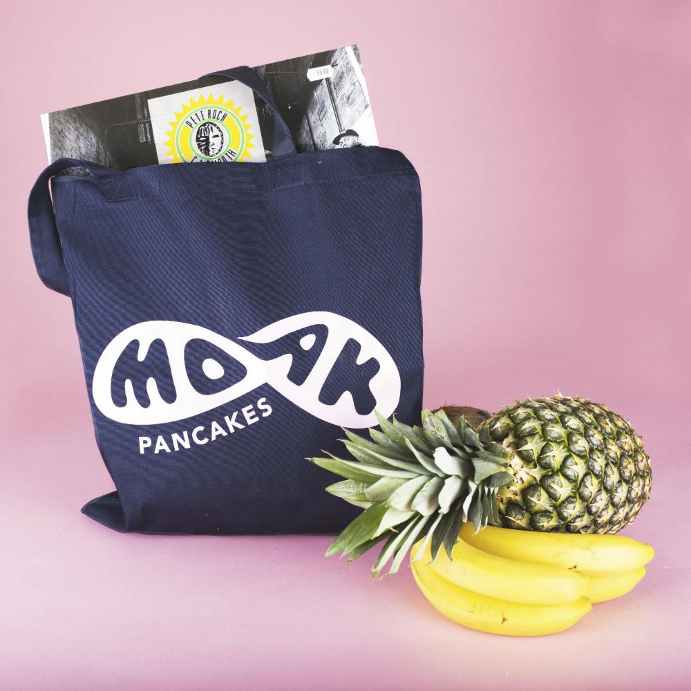 Coole merchandise bestellen bij Moak Pancakes